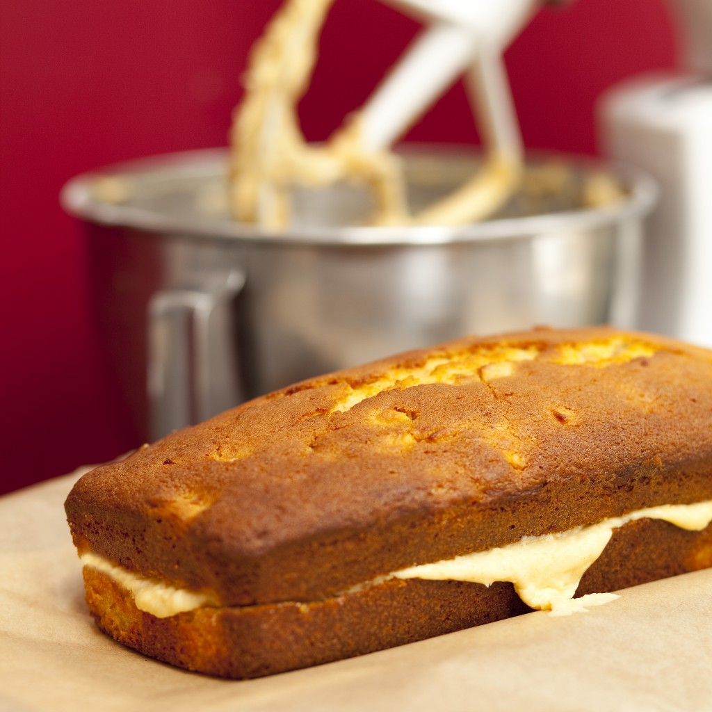 Toffee Yogurt And Apple Cake Recipe
