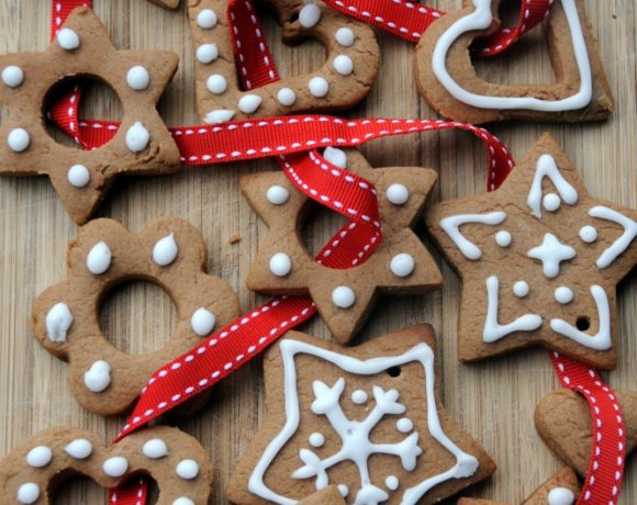 Pierniczki: Polish Spiced Christmas Cookies