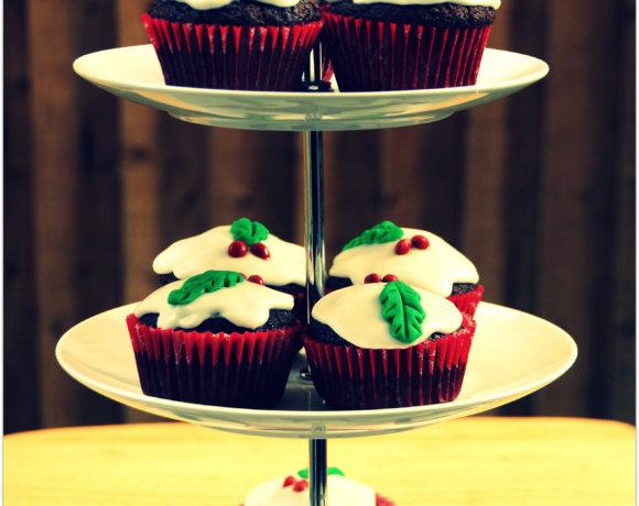 Chocolate Christmas Pudding Cupcakes