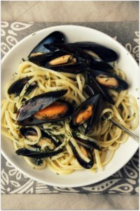 Scottish Mussels with Linguine and Dill