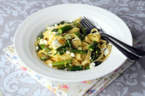 Asparagus &amp; Goat&#039;s Cheese Pasta