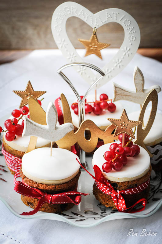 Mini Christmas Cakes And A Merry Christmas From