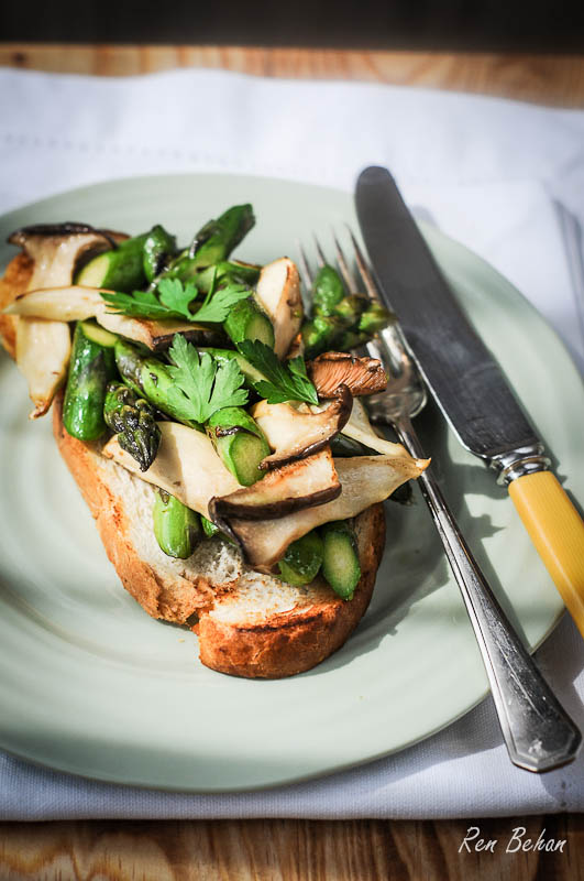 British Asparagus on Toast