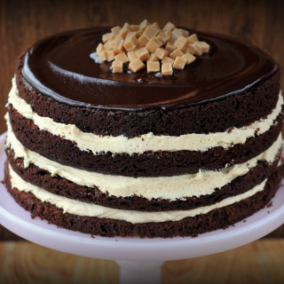 Salted Caramel Chocolate Fudge Cake – Great British Chefs