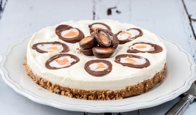Creme Egg Cheesecake – Good Food Channel