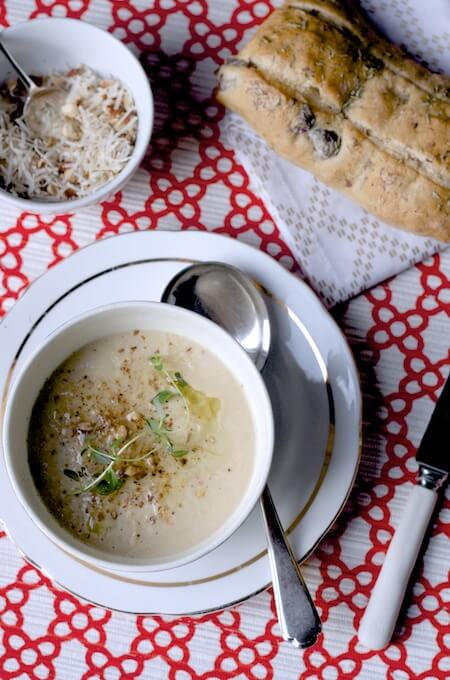 Roasted Cauliflower and Garlic Soup on feedingboys.co.uk