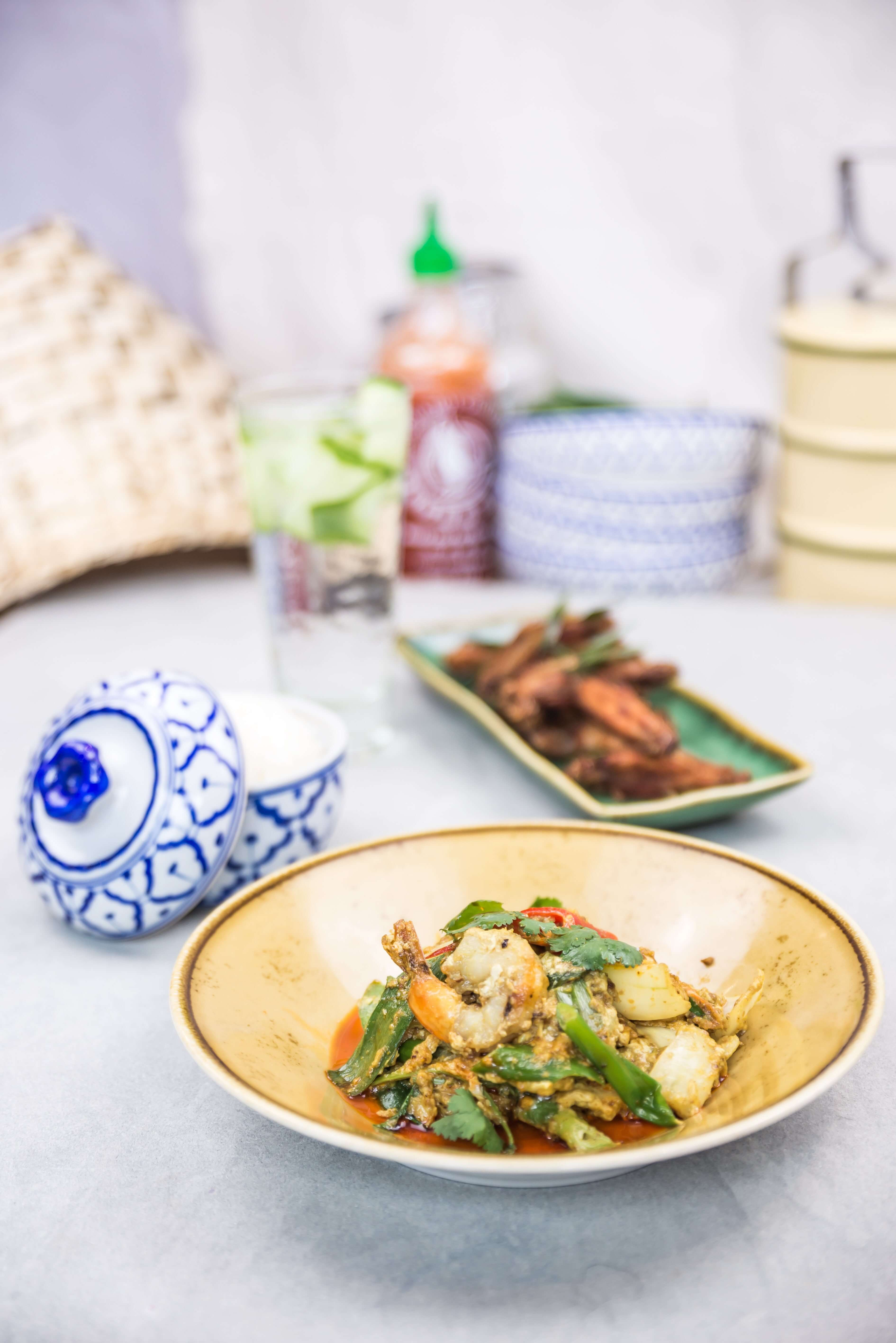Busaba - prawn and asparagus